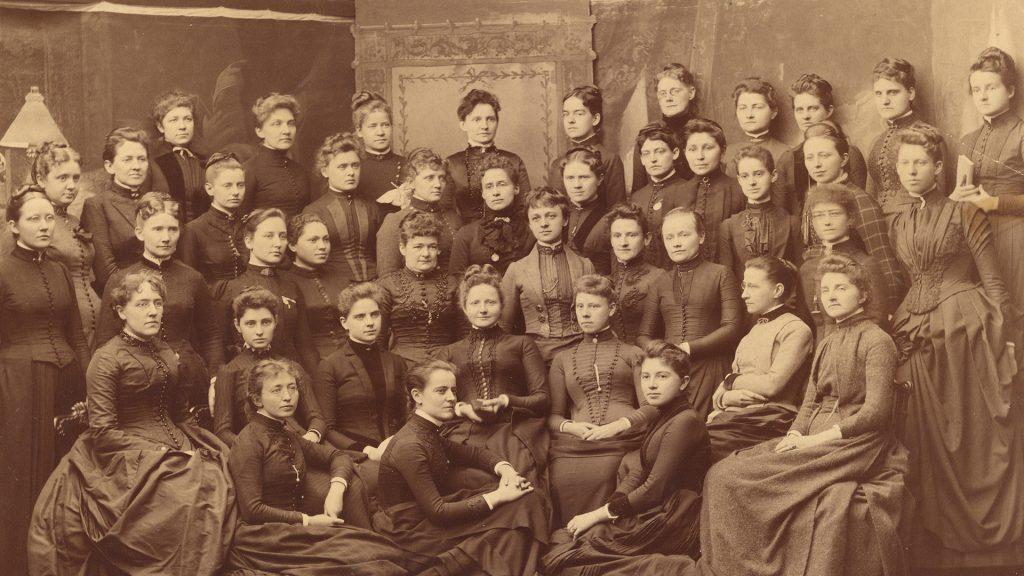 Medicine Women promo photo